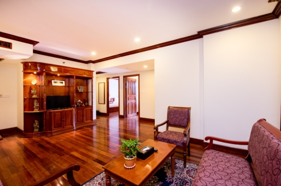 Steung Siem Reap Suite-Living Room.jpg